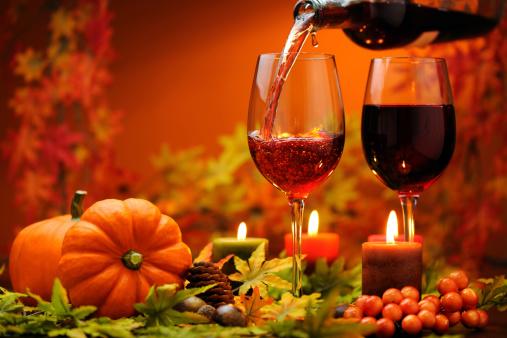 ハロウィン「レッドワイン、秋の装飾」:スマホ壁紙(14)
