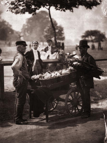 Victorian Style「Beer For Sale」:写真・画像(19)[壁紙.com]