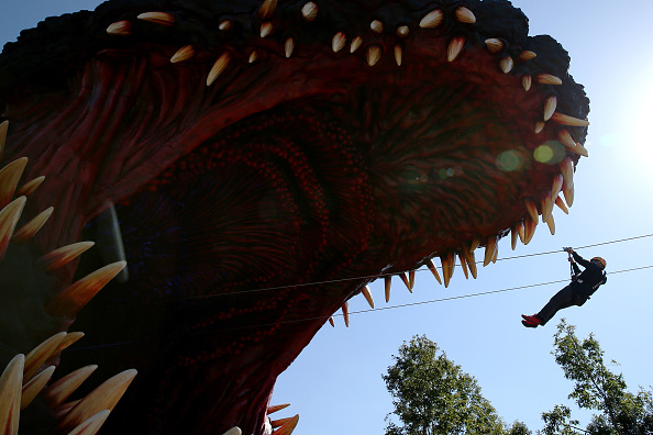 Godzilla「Japanese Theme Park Unveils 'Life-size' Godzilla」:写真・画像(12)[壁紙.com]