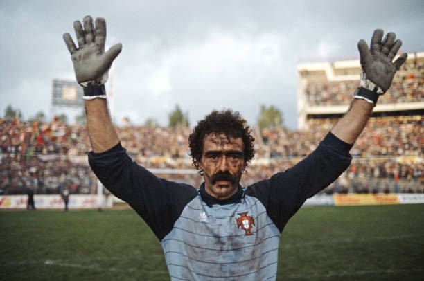 Bento Portugal Qualify for European Championships 1984:ニュース(壁紙.com)
