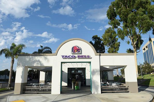 Restaurant「Taco Bell Menu Items, Headquarters And Restaurant Shoot」:写真・画像(4)[壁紙.com]