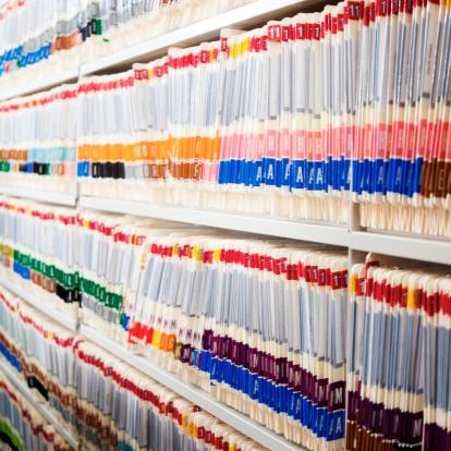 Medical Chart「Medical Files In Shelf」:スマホ壁紙(9)