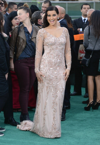 Embellished Dress「The 13th Annual Latin GRAMMY Awards - Arrivals」:写真・画像(15)[壁紙.com]