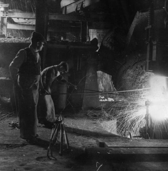 Business Finance and Industry「Wartime Steel Mill」:写真・画像(8)[壁紙.com]