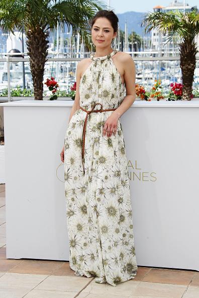 "Halter Top「""Elena"" Photocall - 64th Annual Cannes Film Festival」:写真・画像(6)[壁紙.com]"