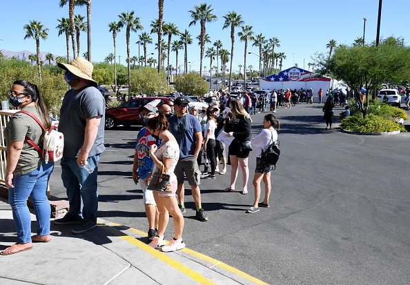 In A Row「Early Votes Begins In Nevada Ahead Of 2020 Election」:写真・画像(8)[壁紙.com]