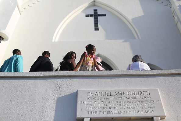 2015 Emanuel AME Church Charleston Shootings「Charleston In Mourning After 9 Killed In Church Massacre」:写真・画像(3)[壁紙.com]