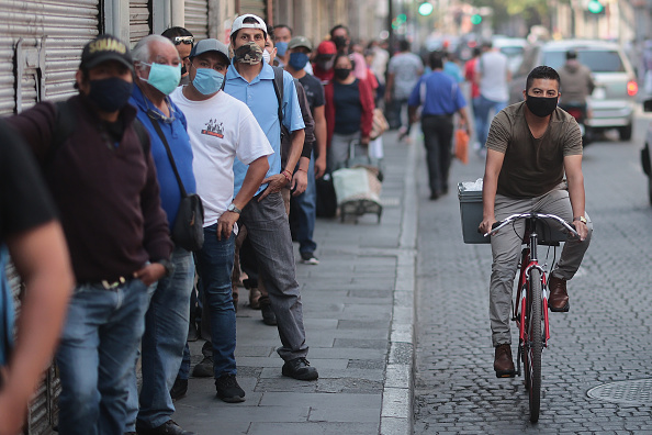 Mexico「Mexico Ease Some Restrictions Amid Coronavirus Pandemic」:写真・画像(9)[壁紙.com]