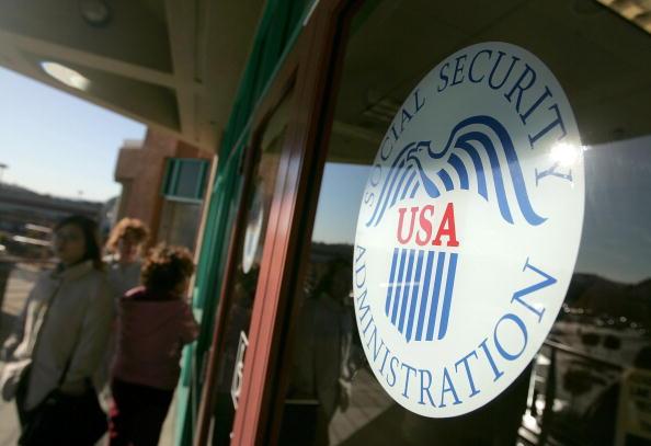 Social Security「Social Security Debate Heats Up」:写真・画像(3)[壁紙.com]