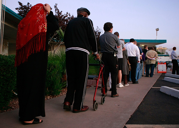 In A Row「Americans Go To The Polls To Elect The Next U.S. President」:写真・画像(9)[壁紙.com]