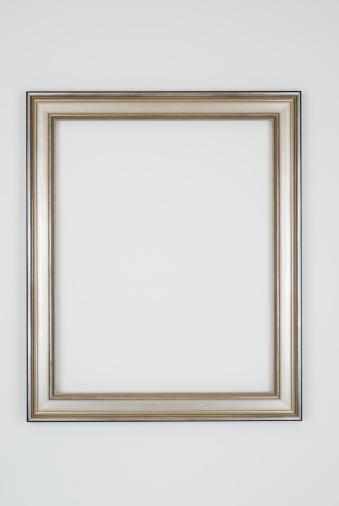Rectangle「Picture Frame in Plain Silver, Studio shot on White」:スマホ壁紙(18)