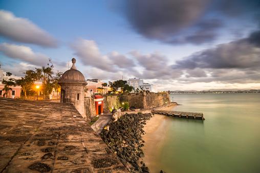 Indigenous Culture「San Juan cityscape」:スマホ壁紙(17)