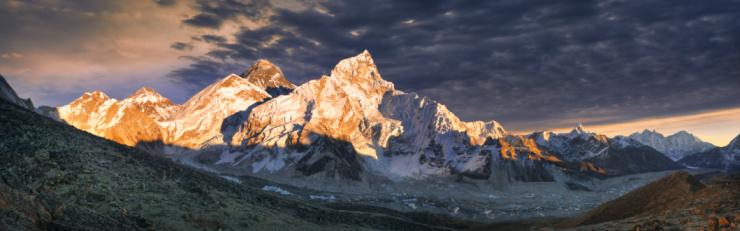 Kala Pattar「View of Mt Everest from Kala Pattar near sun set.」:スマホ壁紙(14)