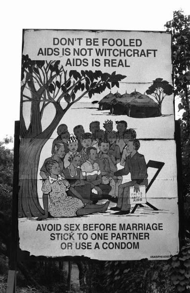 Tom Stoddart Archive「Facts About AIDS」:写真・画像(3)[壁紙.com]