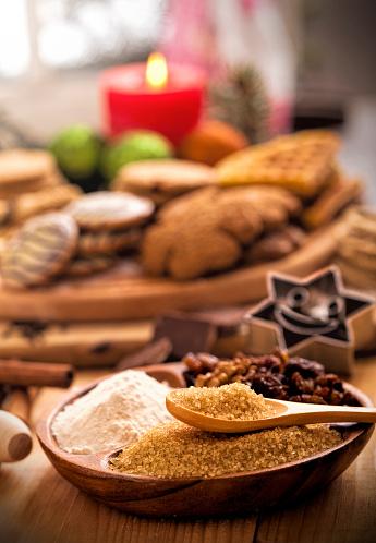 Spice「Making variety of Christmas cookies」:スマホ壁紙(0)