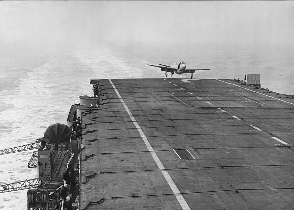 Finance and Economy「HMS Eagle」:写真・画像(18)[壁紙.com]