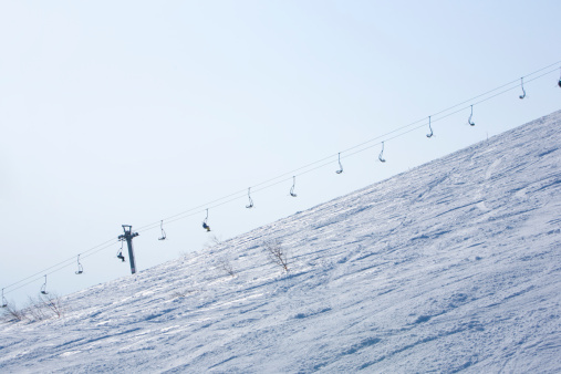 スキー場「Chairlift up slope」:スマホ壁紙(6)