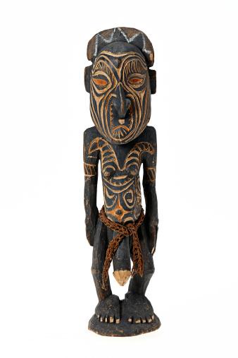 Souvenir「Tribal art figurine from papa new guinea」:スマホ壁紙(2)
