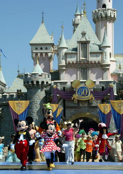 カリフォルニア ディズニーランド「Disney Announces 50th Anniversay Theme Park Plans」:写真・画像(13)[壁紙.com]