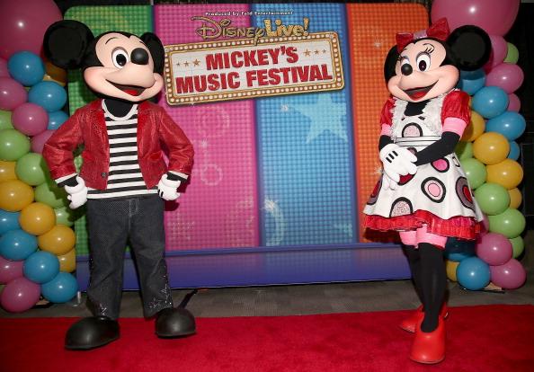 ミニーマウス「Disney Live! Mickey's Music Festival」:写真・画像(1)[壁紙.com]