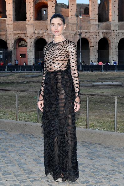 Scalloped - Pattern「Fendi Couture Fall Winter 2019/2020 - Cocktail」:写真・画像(7)[壁紙.com]