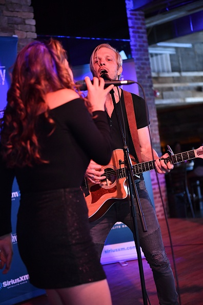 Stage - Performance Space「SiriusXM's The Highway Broadcasts Live During The Solar Eclipse In Nashville Featuring A Live Performance By Delta Rae At The FGL House」:写真・画像(14)[壁紙.com]