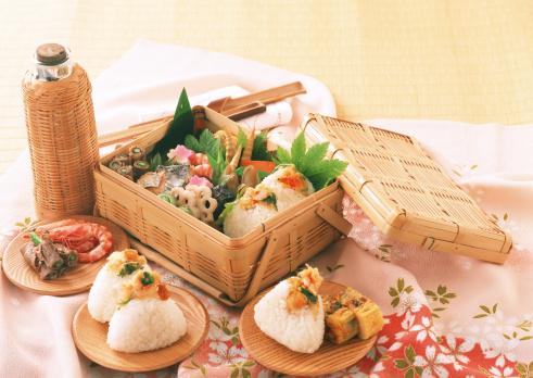 お花見「Lunch」:スマホ壁紙(17)