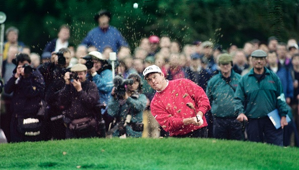 Sand Trap「Cisco World Match Play golf at the Wentworth Club England 1998」:写真・画像(16)[壁紙.com]