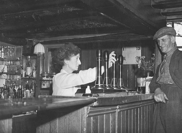 Bar - Drink Establishment「Pub Landlady」:写真・画像(11)[壁紙.com]