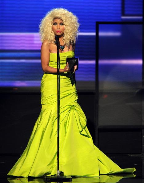 Bustier Dress「The 40th American Music Awards - Show」:写真・画像(18)[壁紙.com]