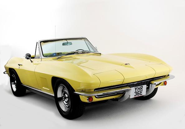 Yellow「1967 Chevrolet Corvette Stingray」:写真・画像(12)[壁紙.com]