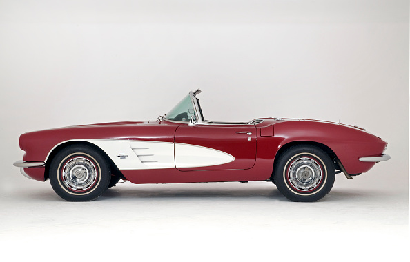 Vintage Car「1961 Chevrolet Corvette C1 Convertible」:写真・画像(9)[壁紙.com]