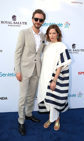 Sienna Guillory「Sentebale Polo Cup Presented By Royal Salute World Polo In Abu Dhabi With Prince Harry - Red Carpet」:写真・画像(14)[壁紙.com]