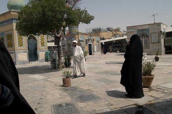 Kaveh Kazemi「Qom Cemetery」:写真・画像(4)[壁紙.com]