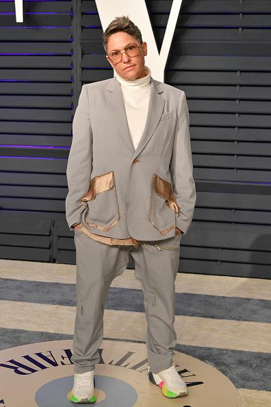 Oversized「2019 Vanity Fair Oscar Party Hosted By Radhika Jones - Arrivals」:写真・画像(14)[壁紙.com]