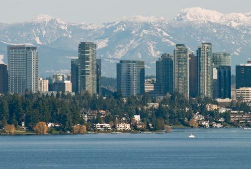 Cascade Range「Lake Washington and city of Bellevue with mountain range behind」:スマホ壁紙(12)