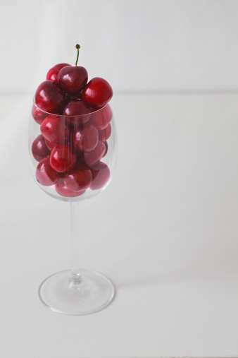 Cherry「Cherries are  in a glass.」:スマホ壁紙(1)