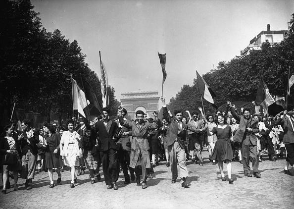 Celebration「Joy In Paris」:写真・画像(5)[壁紙.com]
