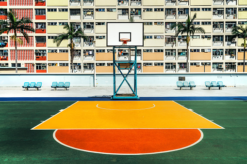 Ghetto「Hong Kong's colorful housing estate with Basketball court」:スマホ壁紙(14)