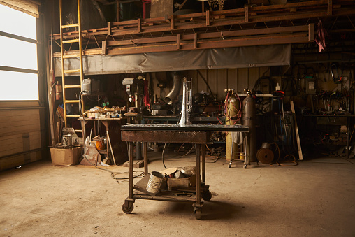 Workshop「Empty rustic workshop..」:スマホ壁紙(2)