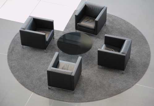 Hotel Reception「Lobby Area With Leather Armchairs」:スマホ壁紙(14)