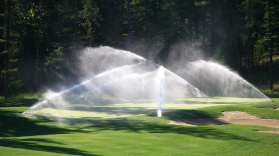 Spraying「Golf Course Irrigation System」:スマホ壁紙(4)