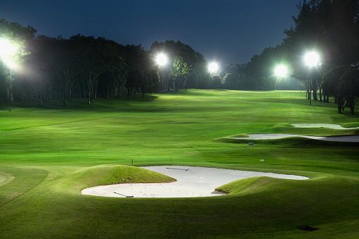 Green - Golf Course「Golf Course under Floodlights at Night」:スマホ壁紙(1)