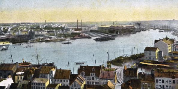 キール「Kiel, Germany - view of the dockyard from the Nicolaikirche」:写真・画像(15)[壁紙.com]