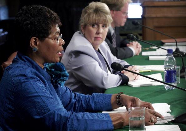 United States Army Corps of Engineers「Halliburton Whistleblower Testifies Before Senate Committee」:写真・画像(3)[壁紙.com]