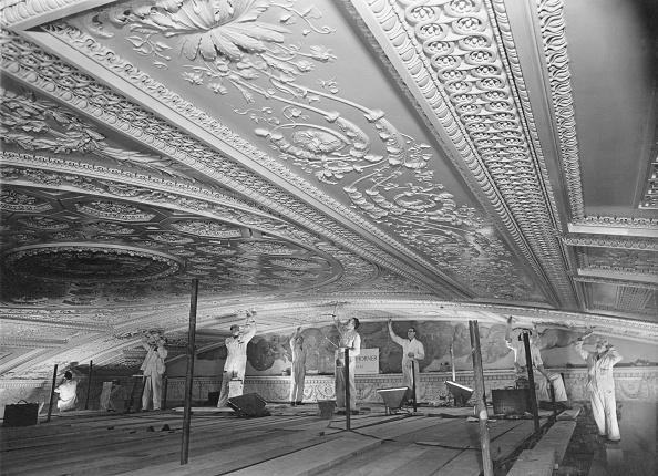 Ornate「Royal Naval Chapel」:写真・画像(5)[壁紙.com]