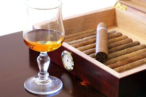 Cuban Culture「Cigars and rum」:スマホ壁紙(18)