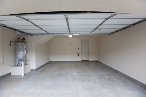 Garage「Empty Garage Lookin In」:スマホ壁紙(15)
