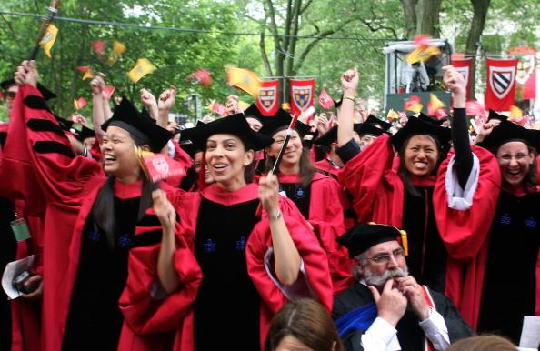 Harvard University「JK Rowling Address Headlines Harvard Univ. Commencement」:写真・画像(15)[壁紙.com]