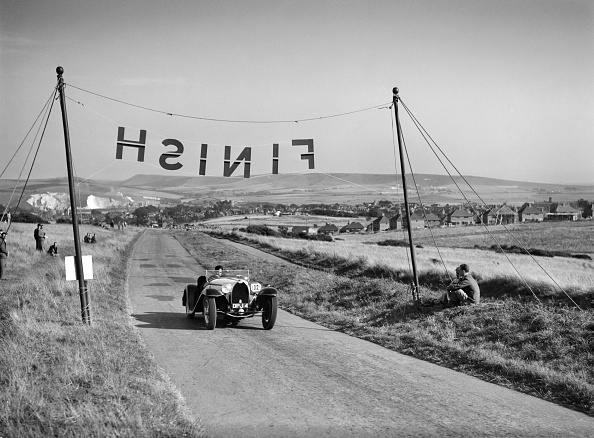 Race Car Driver「Bugatti Type 55 of CI Craig competing at the Bugatti Owners Club Lewes Speed Trials, Sussex, 1937」:写真・画像(18)[壁紙.com]